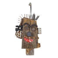 """""""Cabeça tronco de madeira"""", 2016, tronco, corrente, torneira, molas, pregos, metal, plástico, 33x66x17cm [INDISPONÍVEL / UNAVAILABLE]"""