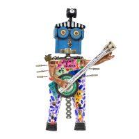 """Robô Músico Boémio e Fadista"", 2016, madeira pintada, objectos encontrados, 22x34x14cm [INDISPONÍVEL / UNAVAILABLE]"