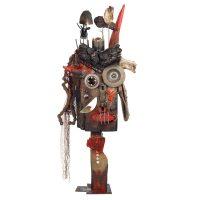 """Diabo de um Corno Só"", 2016, madeira, tronco, pregos, metal, objectos encontrados, rede, 35x89x17cm [INDISPONÍVEL / UNAVAILABLE]"