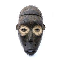 """Chokwe, """"Máscara"""", Angola ou R. D. Congo, Séc. XX, Madeira, pigmento, 21x39x13cm"""