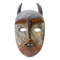 """Kumu, """"Máscara Animal"""", R. D. Congo, Séc. XX, Madeira pintada, 20x39x11cm"""