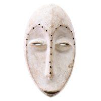 "Lega, ""Máscara"", R. D. Congo, Séc. XX, Madeira, pigmento branco, 17x30x18cm [INDISPONÍVEL / UNAVAILABLE]"