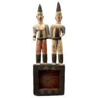 "Igbo, ""Casal Ancestral"", Nigéria, século XX, madeira, pigmentos naturais coloridos, 23x71x8cm"