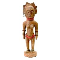 "Tabwa, ""Figura Feminina"", R.D. Congo, século XX, madeira, contas, 10x37x8cm"