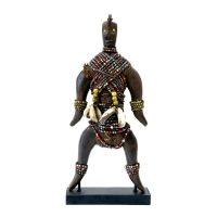 """Namji, """"Doll"""", Camarões, século XX, madeira, conchas, missangas, corda, 9x20x6cm"""