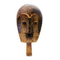 """Metoko, """"Máscara"""", R.D. Congo, madeira, 20x38x13cm"""