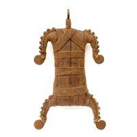 "Namji, ""Matakam Doll"", Camarões, século XX, ferro, corda, 18x30x4cm"