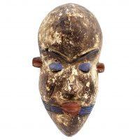 Máscara yoruba, Yoruba, séc. XX, Nigéria, Madeira, pigmentos [INDISPONÍVEL / UNAVAILABLE]