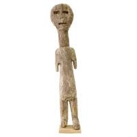 Figura Aklama, Adangbe, Gana, Séc. XX, madeira, pigmentos, 7x35x4cm – REF CCAK20-001