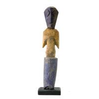 Figura Aklama, Adangbe, Gana, Séc. XX, madeira, pigmentos, 4x20x2cm – REF CCAK20-019