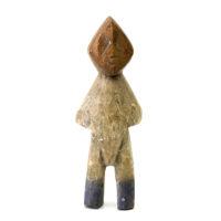 Figura Aklama, Adangbe, Gana, Séc. XX, madeira, pigmentos, 6x17x3cm – REF CCAK20-032