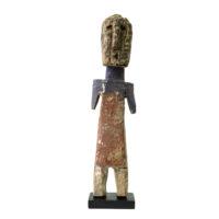Figura Aklama, Adangbe, Gana, Séc. XX, madeira, pigmentos, 6x25x4cm – REF CCAK20-004