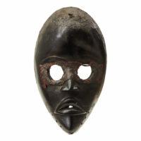 Face Mask, Dan, Libéria/Costa do Marfim, Séc. XX, madeira, têxteis, 13x22x06cm – CC20-076
