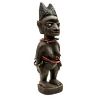 Figura Gemelar Ibeji, Yoruba, Nigéria, Séc. XX, madeira, metal, contas, 9x26x8cm – CC20-149