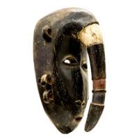Máscara Yangaleya, Djimini Ligbi, Gana ou Costa do Marfim, Séc. XX, madeira, pigmentos, 20x34x19cm – CC20-143