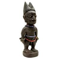 Figura Gemelar Ibeji, Yoruba, Nigéria, Séc. XX, madeira, metal, contas, 9x26x7cm – CC20-111