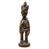 Figura Gemelar Ibeji Feminina, Yoruba, Nigéria, Séc. XX, madeira, contas, pigmentos, 8x28x8cm – REF CC20-167