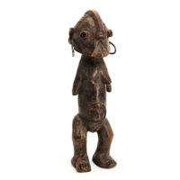 Figura Yanda, Zande, R.D. Congo, Séc. XX, madeira, metal, 7x25x7cm - Ref CC20-161