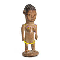 Figura Gemelar Hohovi Feminina, Fon, Benim, Séc. XX, madeira pintada, contas, 6x17x6cm – Ref CCT21-044