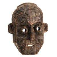 Máscara Ritual, Metoko, R.D. Congo, Séc. XX, madeira, 26x33x14cm – Ref CCT21-068